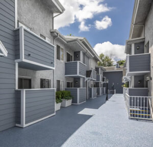 One Bedroom Apartments for rent in Encino, CA